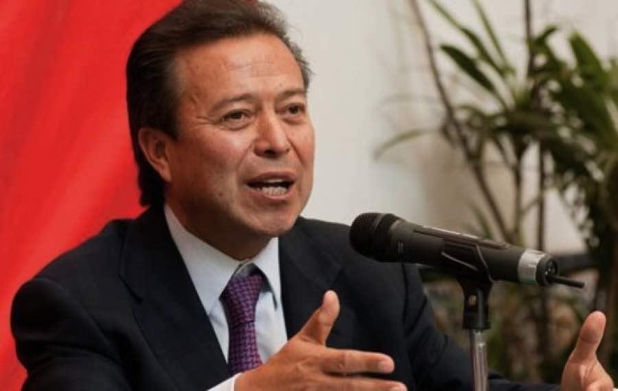 Resultado de imagen para César Camacho Quiroz, líder de los diputados del PRI.